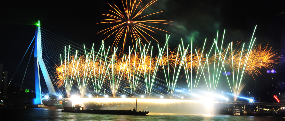 Erasmus Nieuwjaar.Glazen Maas
